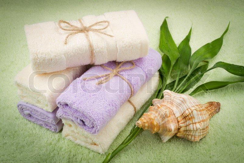 Как оригинально сложить полотенце для подарка 59
