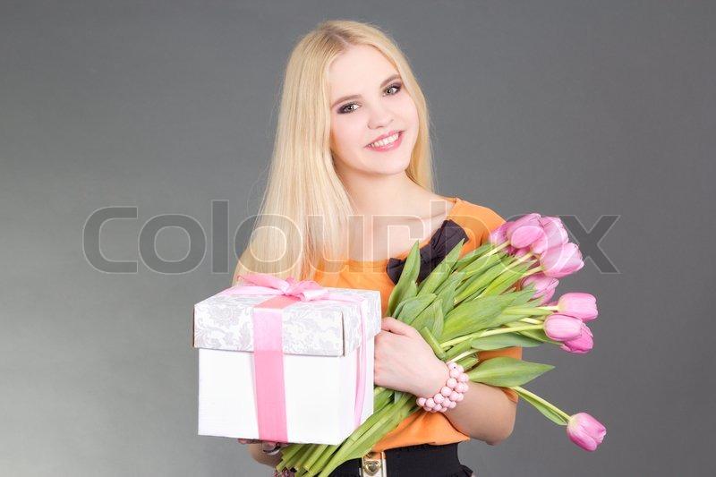 Три блондинки и подарок 19