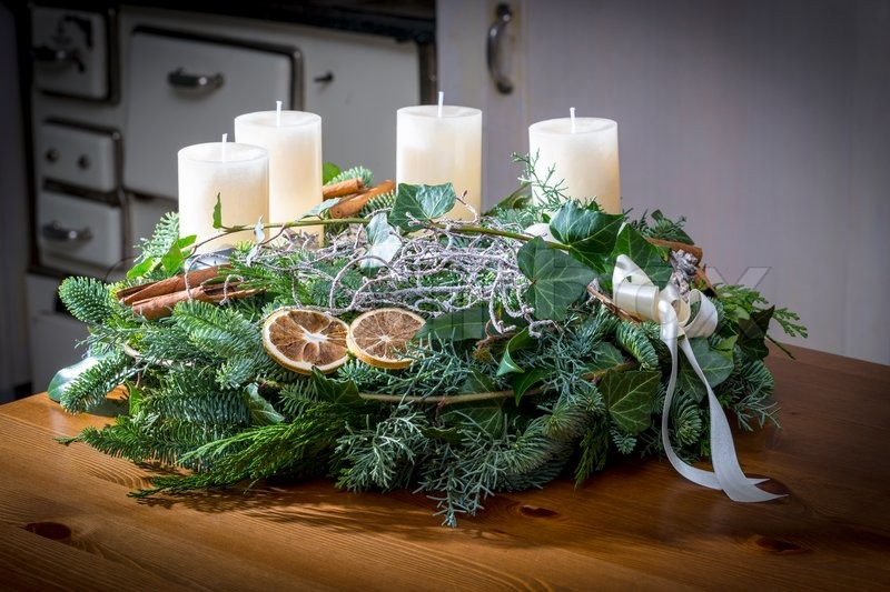 advent wreath of twigs with white candles and various. Black Bedroom Furniture Sets. Home Design Ideas