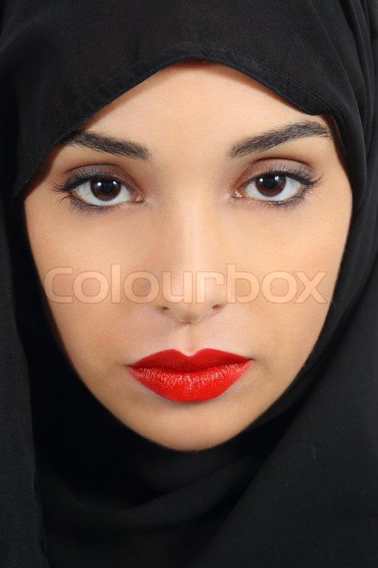 saudi emirati frau mit dicken roten lippen make up stockfoto colourbox. Black Bedroom Furniture Sets. Home Design Ideas
