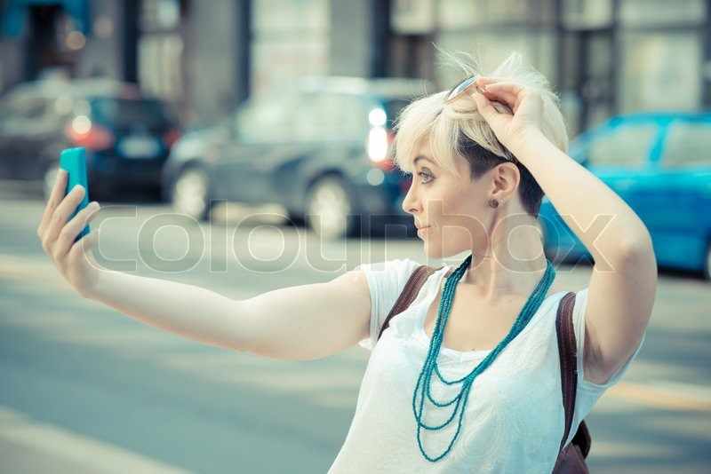 Awe Inspiring Beautiful Young Blonde Short Hair Hipster Woman Selfie In The City Hairstyle Inspiration Daily Dogsangcom