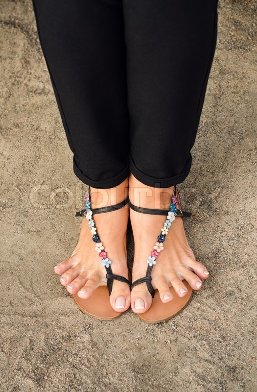 Female feet pics