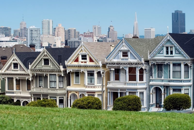 alamo square mit blick auf die ber hmten viktorianischen h user in san francisco stockfoto. Black Bedroom Furniture Sets. Home Design Ideas