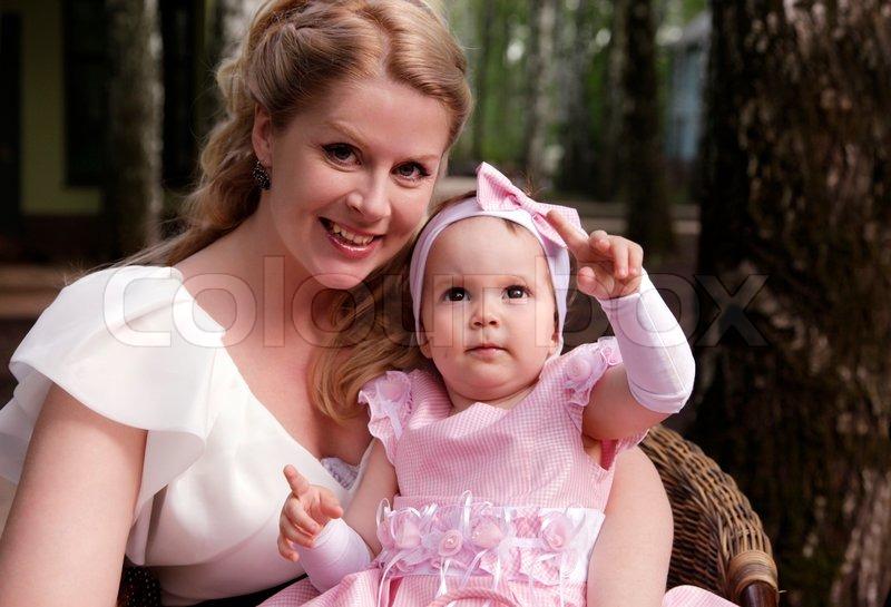 фото мама с дочкой в храме