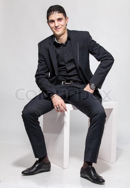 Latein Mann In Schwarz Zu Entsprechen Stockfoto Colourbox