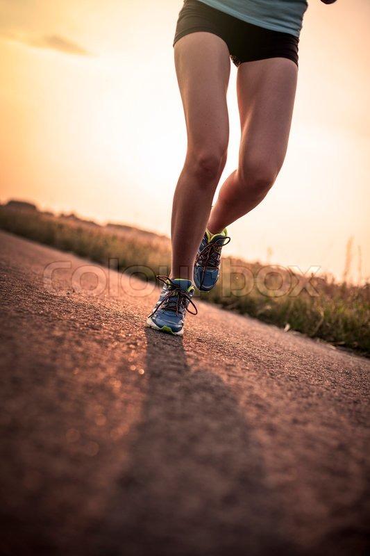 images of girls jogging № 13189