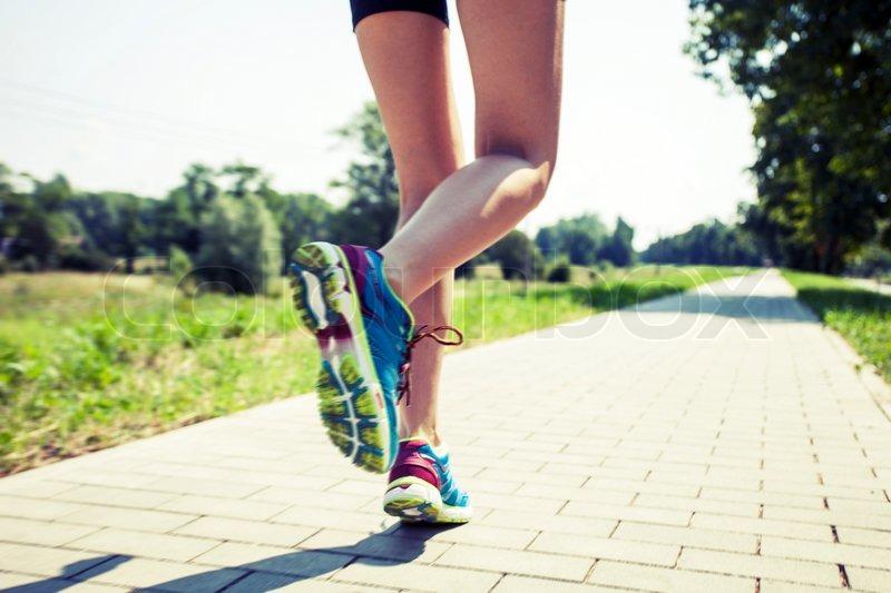 images of girls jogging № 13199