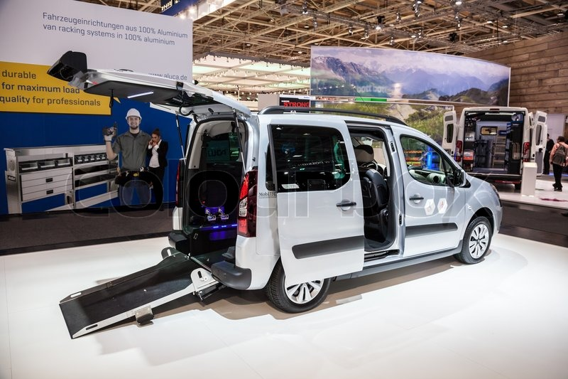 new citroen berlingo wheelchair edition at the 65th iaa commercial vehicles fair 2014 in. Black Bedroom Furniture Sets. Home Design Ideas
