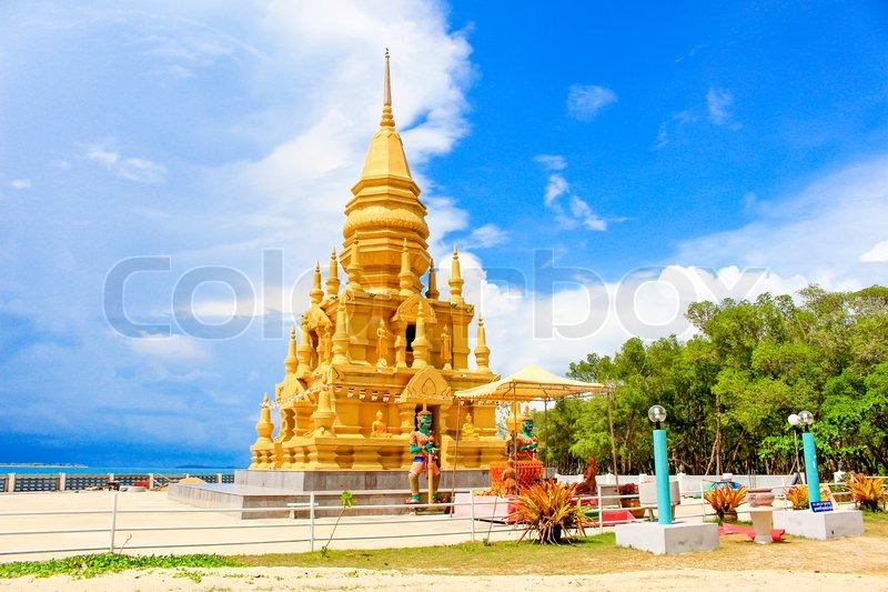 Beautiful Gold Buddhist Laem Sor Pagoda Stock Photo