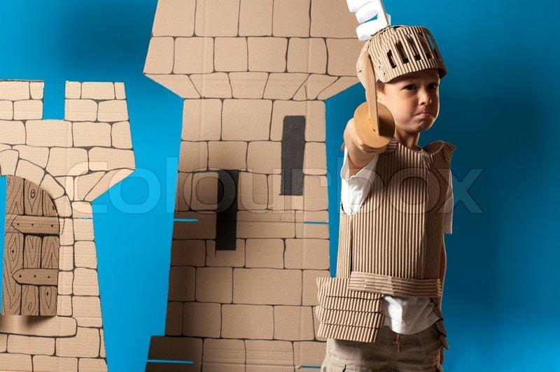 Костюм рыцаря для мальчика из картона