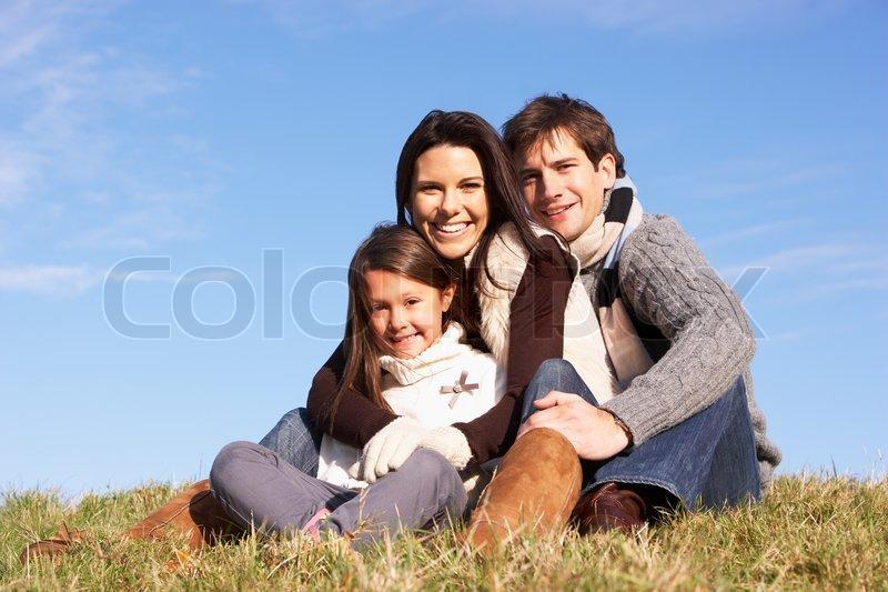 Vinter, Familie, Far, datter, mor, krammede, Glad, Park, Cold, Nyder, udendørs, Smilende, varmt ...