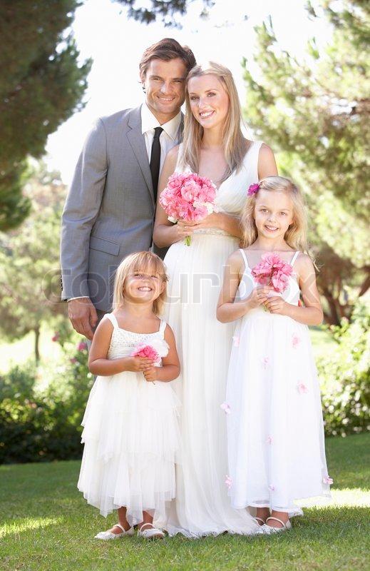 Brautkleider, Hochzeitskleider, Brautschuhe