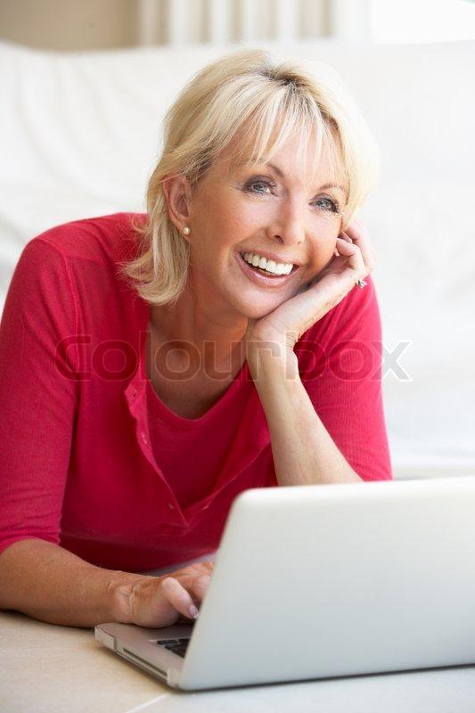 взрослые женщины 40 лет фото