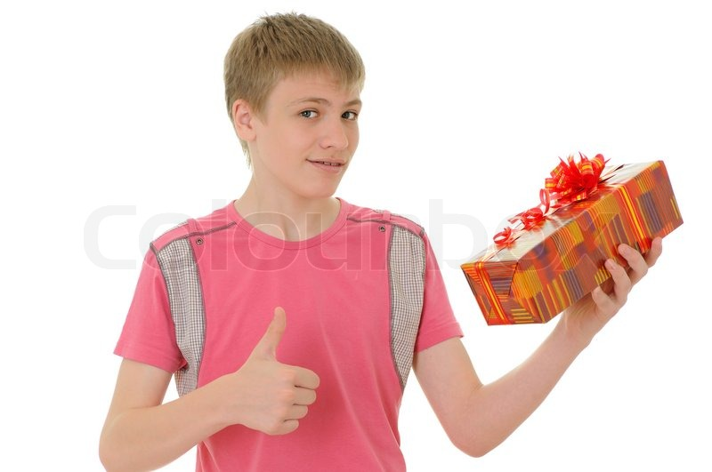 Что подарить 14 мальчику