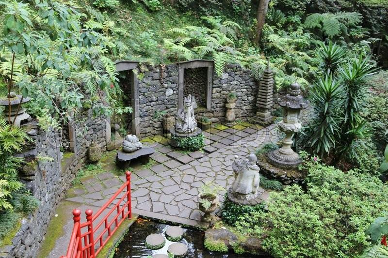 japanese garden chinese garden zen garden oriental garden monte palace tropical garden. Black Bedroom Furniture Sets. Home Design Ideas