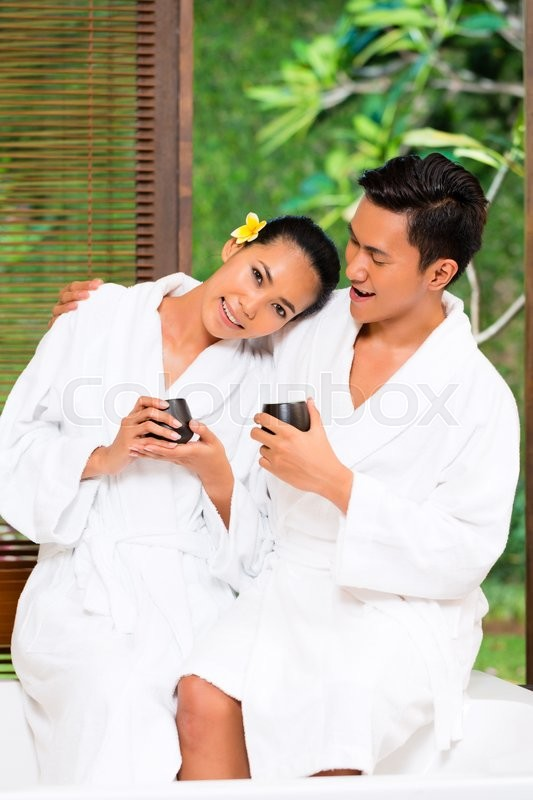 Asian couple wellness spa relaxing beauty treatment for Luxury spa weekends for couples