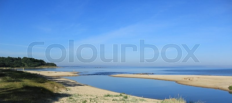 Stock image of 'Baltic sea coast of Summer'