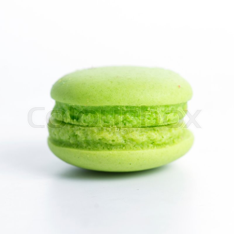 Stock image of 'Green Macaroon Isolated on the white background'