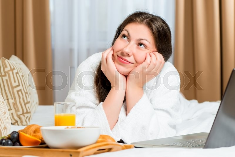 Stock image of 'Dreamy look beautiful girl on the bed'