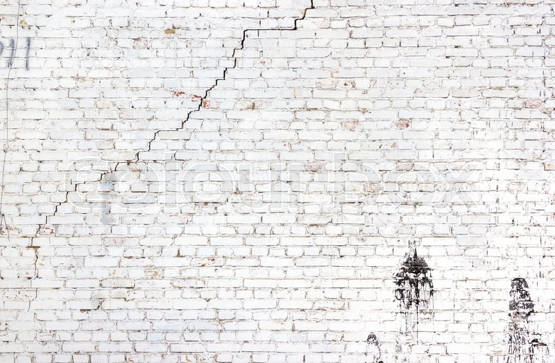 High Resolution Old Cracked Brick Wall Stock Image Colourbox