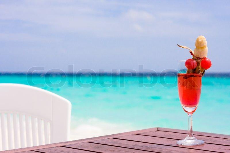sex on the beach tropical drink