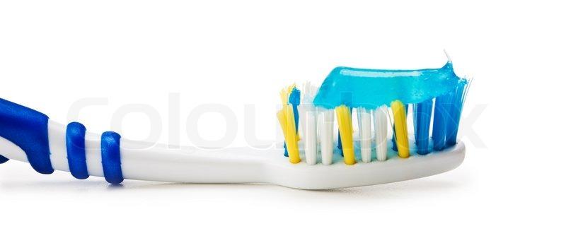 tandbørste med tandpasta