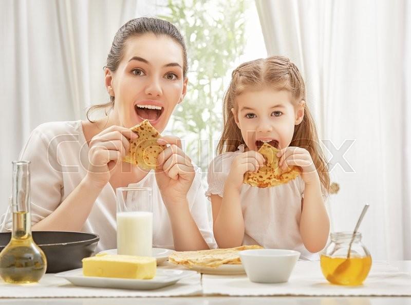 cooking breakfast for ten children