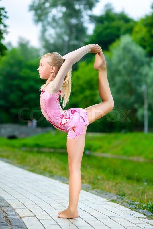 Girl doing splits black
