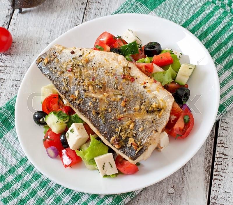 Салаты к рыбе запеченной рецепты с