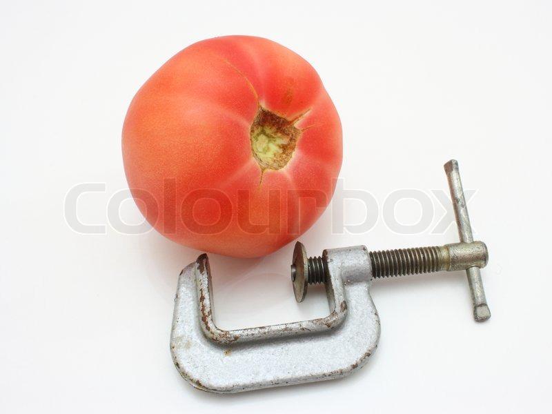 sommerrezept gurkenspaghetti mit fruchtiger tomaten paprikasauce. Black Bedroom Furniture Sets. Home Design Ideas