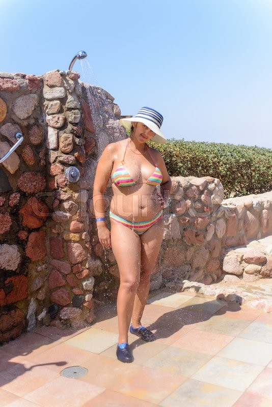 Plump bikini women