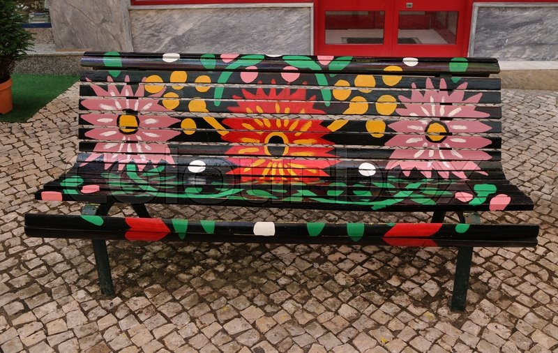 Flowers daisies flower daisy painted park bench for Flower bench ideas