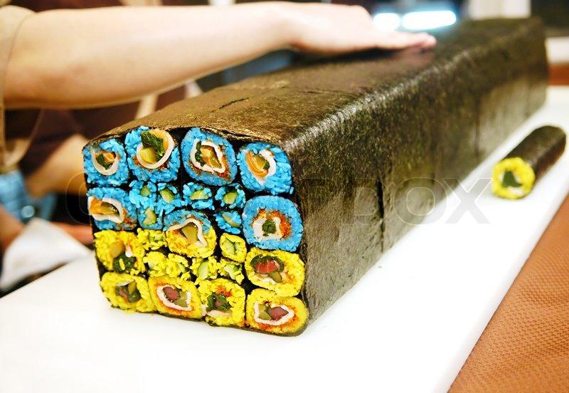 klassische japanische mahlzeit sushi mit diversen arten von frischem fisch stockfoto colourbox. Black Bedroom Furniture Sets. Home Design Ideas