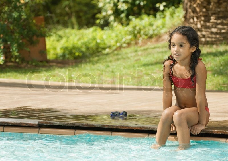 odilon dimier altopress maxppp girl sitting on edge of swimming