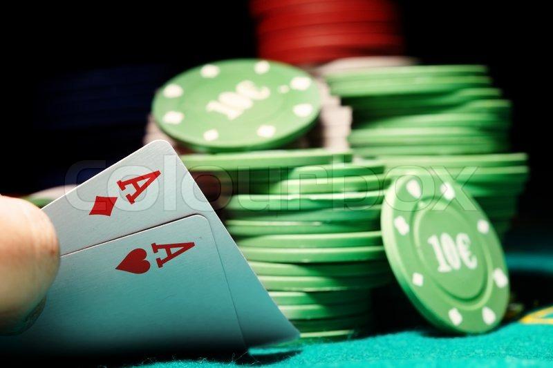 Casino chips poker table james bonds vodka martini in casino royale