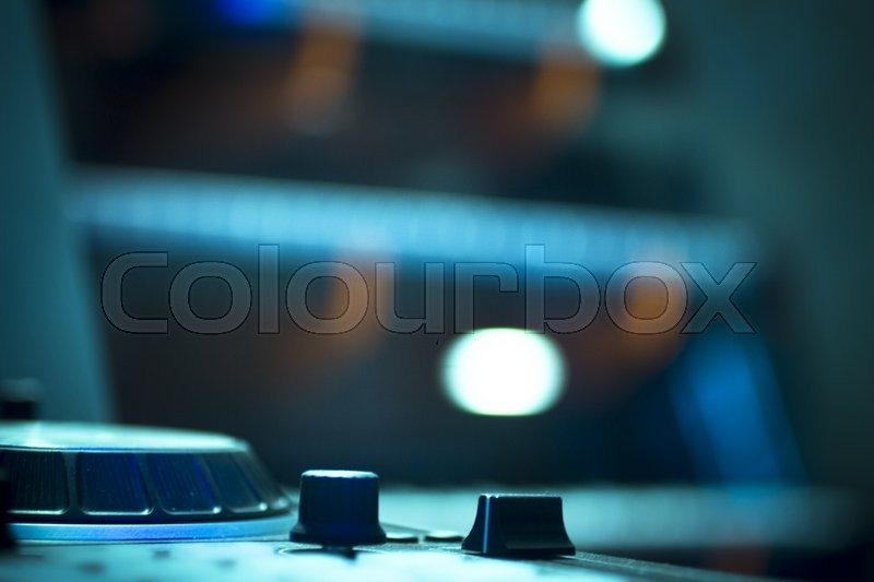 Dj Console Cd Mp4 Deejay Mixing Desk Ibiza House Techno Dance Music