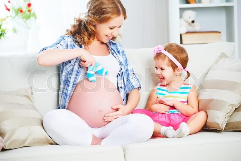 С беременной се