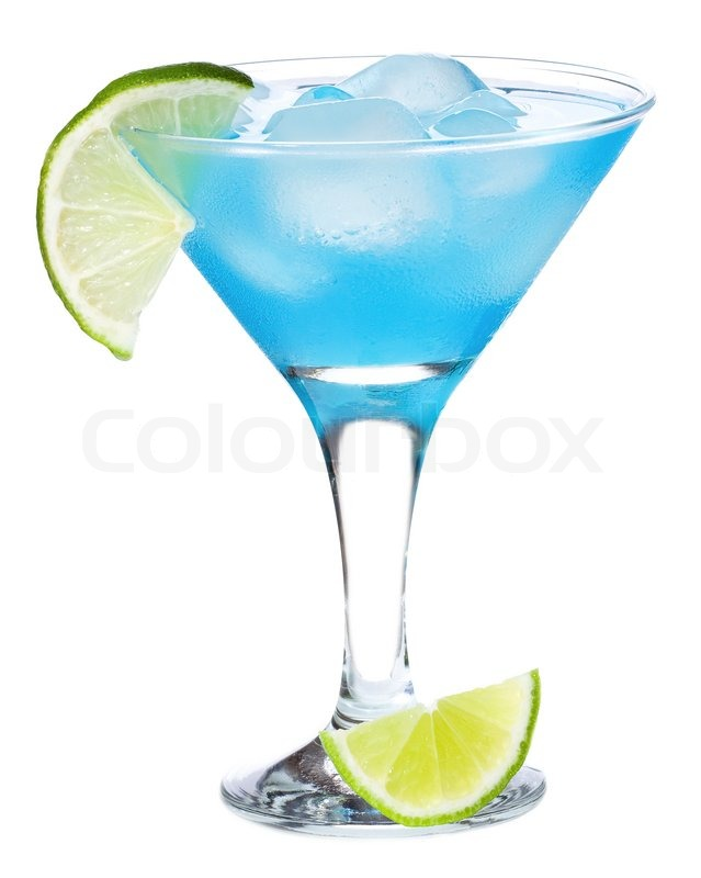 Blue curacao cocktail with lime on white background for Cocktail curacao