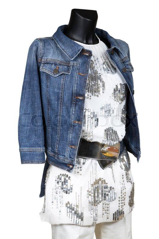 jeans jacke und kleid auf einem wei en hintergrund. Black Bedroom Furniture Sets. Home Design Ideas