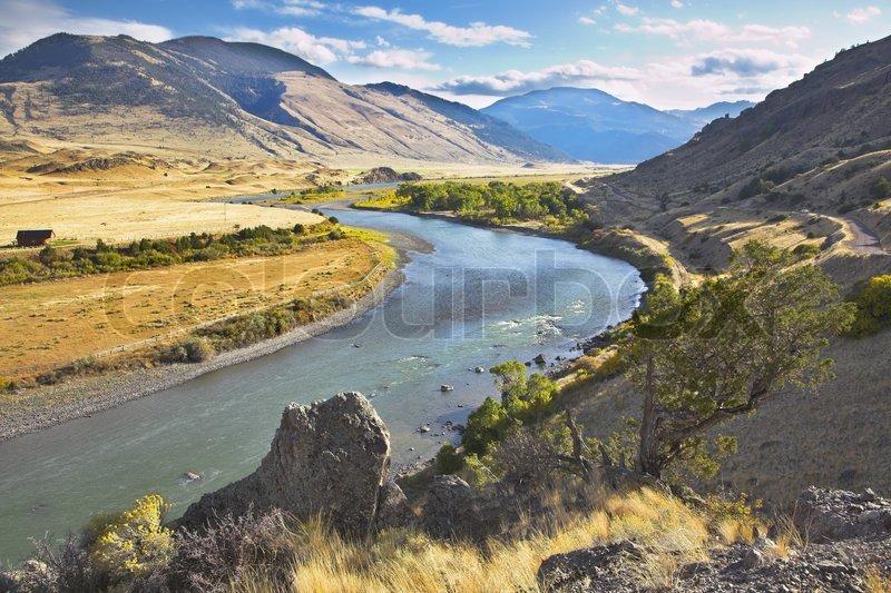 Stock foto af 'den fine floden missouri problemfrit flyder mellem