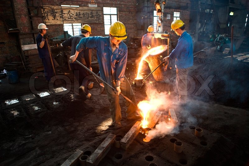 James Hardy Altopress Maxppp Steel Workers Pouring Molten Steel Into Sand Casting Molds
