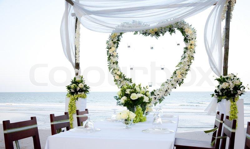Auguri Matrimonio Gay : Wedding gedeckten tisch am strand stockfoto colourbox