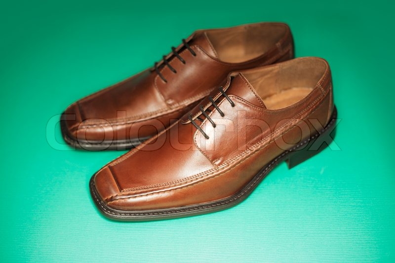 95bd8a1d Mænds brun læder kjole sko ... | Stock foto | Colourbox