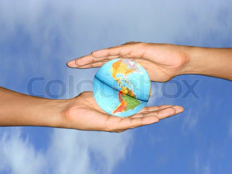 2 hands holding the world