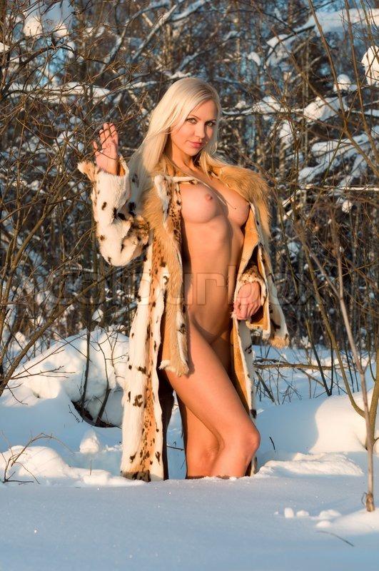 nøgne damer med store bryster latex pegging