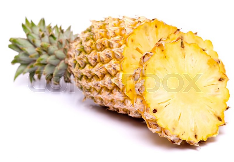 how to buy a ripe pineapple