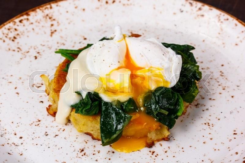 Benedict, morgenmad, æg | Stock foto | Colourbox
