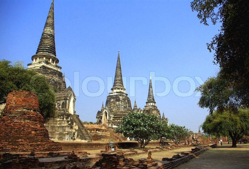 alte buddhistische tempel in ayutthaya der ehemaligen hauptstadt von thailand stock foto. Black Bedroom Furniture Sets. Home Design Ideas