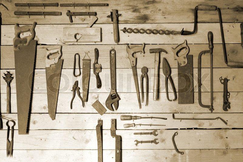 Alte Handwerkzeuge Zum Workshop Wand Stockfoto Colourbox