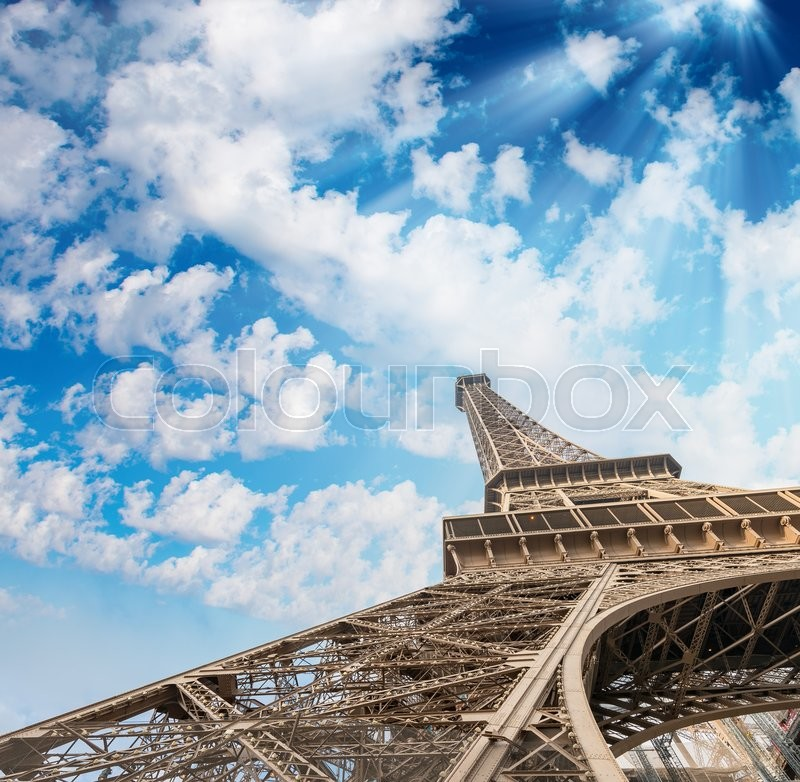 Stock image of 'The Eiffel Tower, Paris. Landmark view at sunset.'